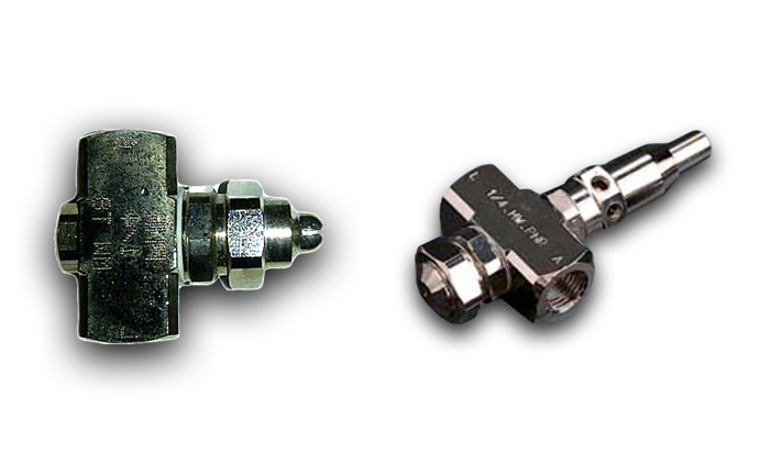 Classic air-assisted atomiser spray nozzles from PNR. Standard and clean-out needle / shut off valve.